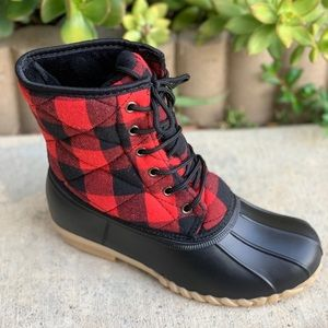 NEW SIZES** LADIES RED/BLACK PLAIDS DUCK BOOTS